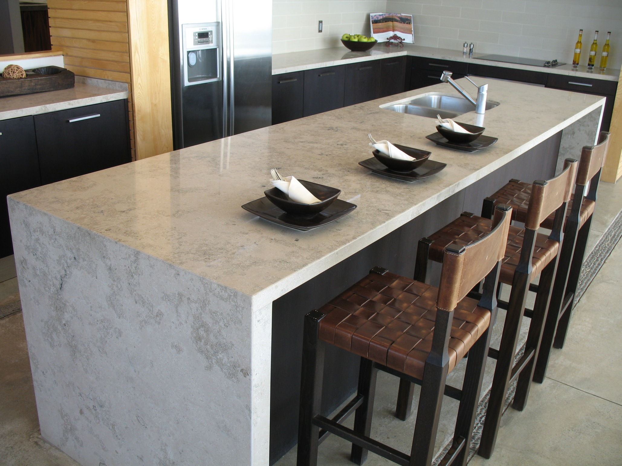 Quale piano di lavoro in cucina? Top in marmo o granito ...
